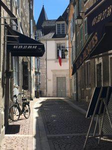 Typical Pau Streets